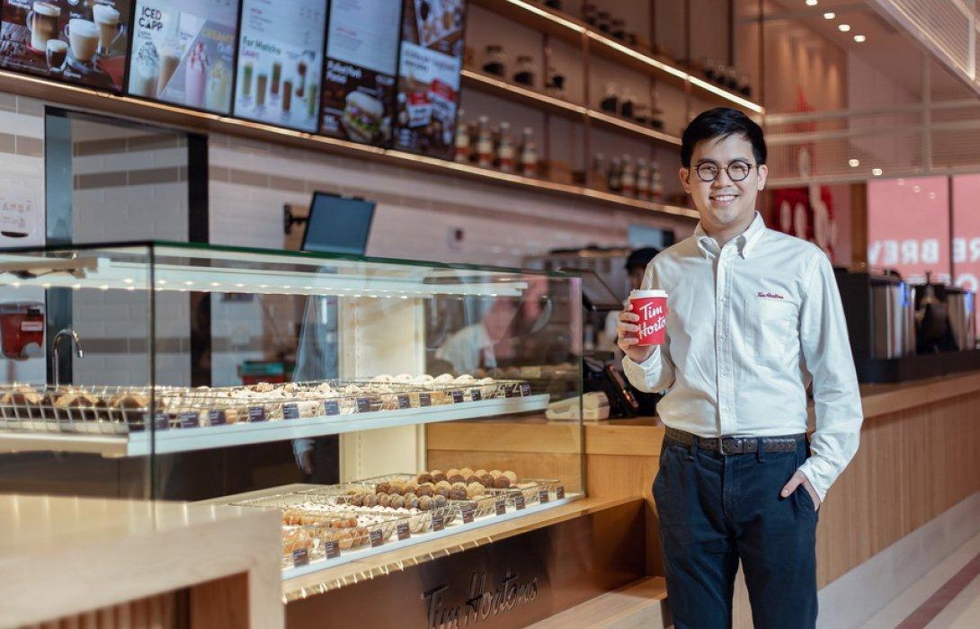 """""""วัธนเวคิน"""" ขยายพอร์ตธุรกิจสู่ฟู้ดปั้น """"วีอีท"""" จีบ """"ทิม ฮอร์ตันส์"""" กาแฟแคนนาดาปักหมุดในไทย"""