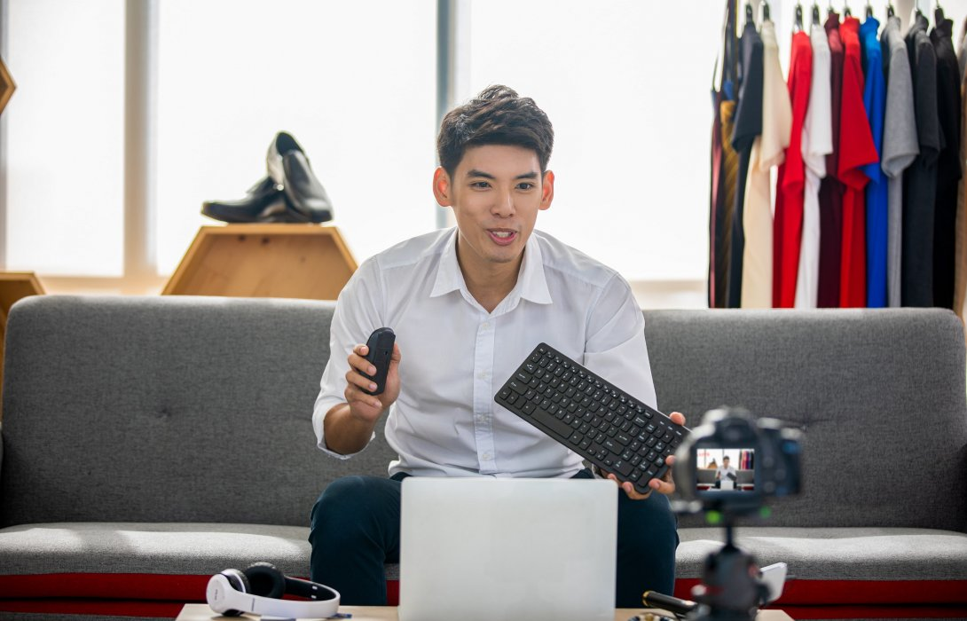 เคล็ด (ไม่) ลับ เทคนิคการทำงาน กับนักรีวิวสายเทคฯ อาเซียน