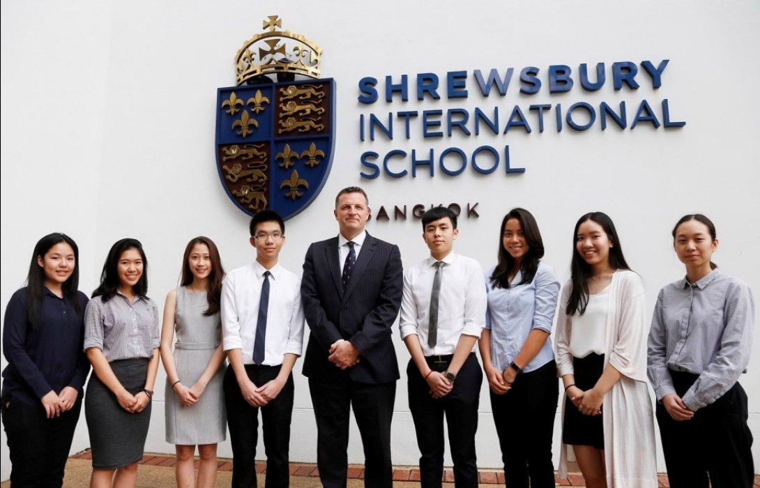 8 นักเรียน'โรงเรียนนานาชาติโชรส์เบอรี กรุงเทพ'คว้าสิทธิ์เรียน'อ๊อกซ์ฟอร์ด'-'เคมบริดจ์'