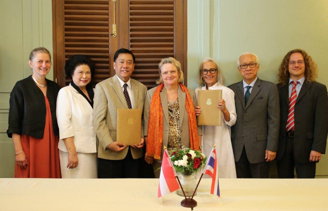 """""""ไทย-ออสเตรีย"""" ร่วมมือ สร้างองค์ความรู้ทางวิทยาศาสตร์ เพื่อการอนุรักษ์ศิลปะของไทย"""