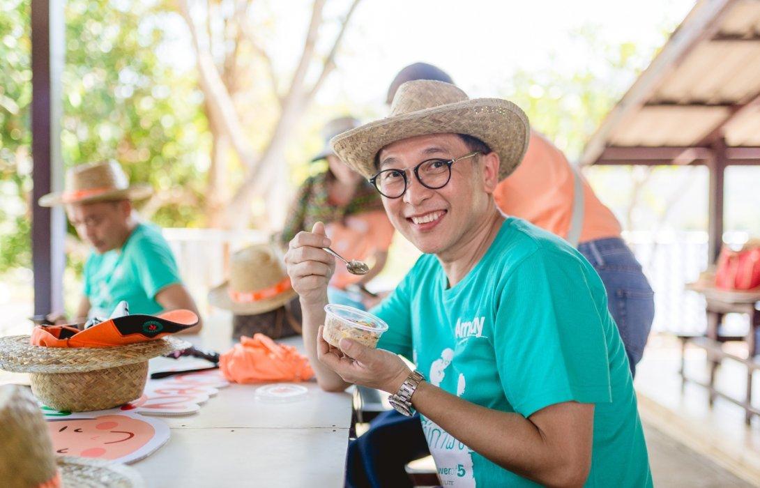 """มูลนิธิแอมเวย์ เทเงิน1.6 ลบ.สนับสนุนโครงการ  """"ฟาร์มสุขภาพของหนู""""ส่งเสริมโภชนาการเด็กไทย"""