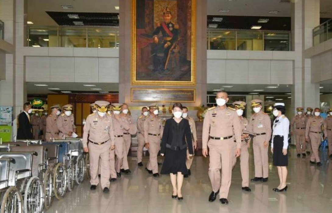ผบ.ทร.เยี่ยมกำลังพล กรมแพทย์ทหารเรือ