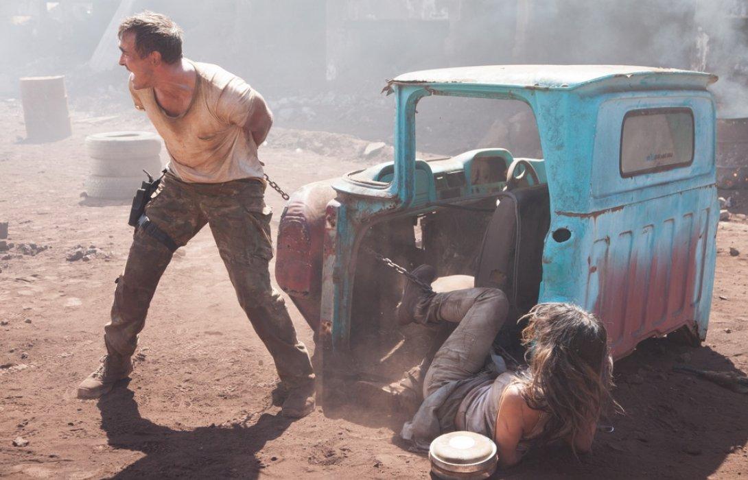 """เข้าฉายแล้วในไทย !! """"สงครามจักรกลเอเลี่ยนพิฆาต""""การสู้ครั้งสุดท้ายก่อนการสูญสลายของโลก"""