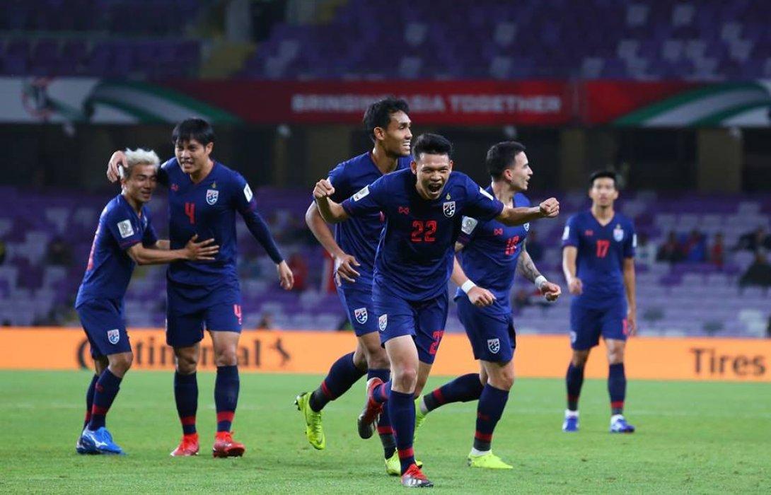 ทีมชาติไทย พ่าย จีน 1-2  เอเชียน คัพ รอบ 16 ทีมสุดท้าย
