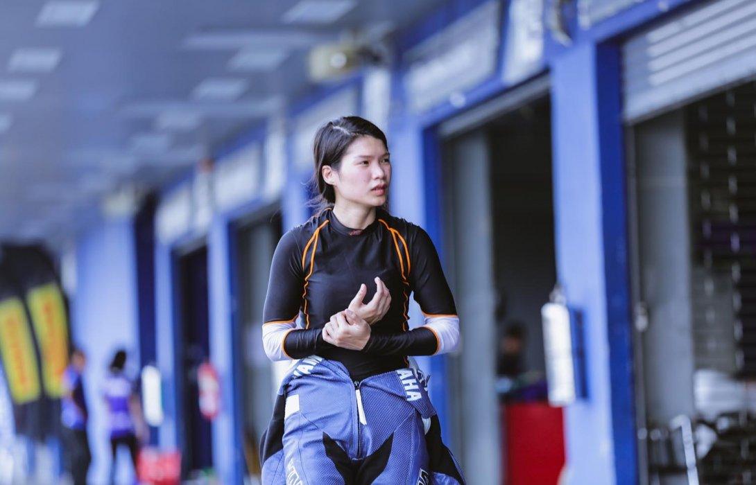 """""""ตาล-รัชฎา""""นักบิดสาวไทยคนแรกใน""""เวิลด์ซูเปอร์ไบค์""""ทุ่มซ้อมหนักหวังสร้างประวัติศาสตร์ยิ่งใหญ่ในบ้านเกิด"""