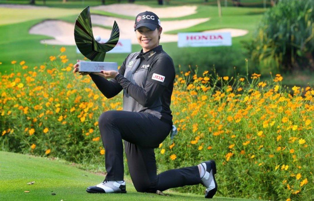 เอรียา จุฑานุกาล คว้าแชมป์ประวัติศาสตร์กอล์ฟสตรี