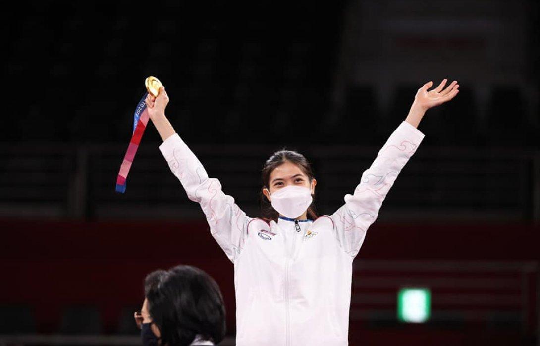 รมว.ท่องเที่ยวและกีฬา นำทีมฮีโร่โอลิมปิกเกมส์ 2020 กลับถึงไทย