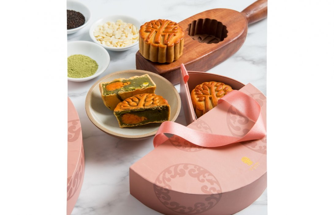 MOON CAKE SEASON IS HERE (14 August – 4 October 2017)