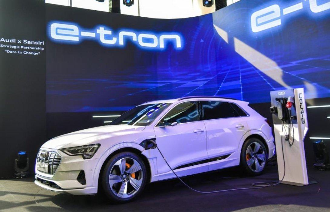 อาวดี้เปิดตัว Audi e-tron  ยนตรกรรมพรีเมียมพลังไฟฟ้า 100 % ครั้งแรกในประเทศไทย