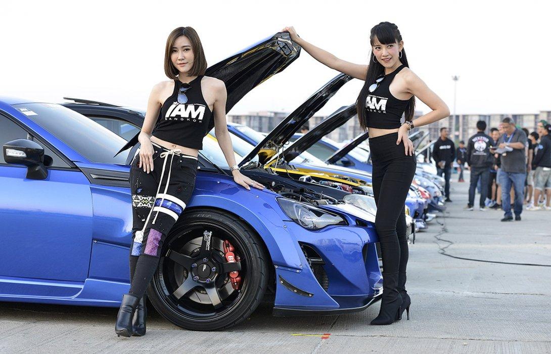 """""""ROAD TO IAM BANGKOK 2020""""ประชันรถแต่งสุดสวยกว่า 300 คัน"""