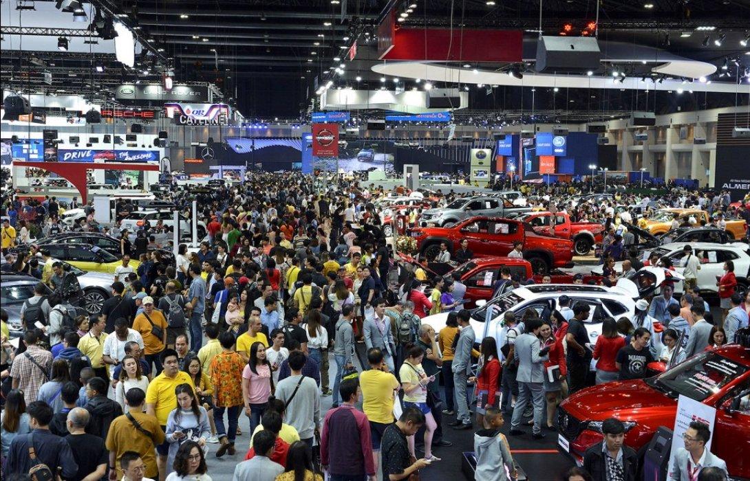 ตลาดรถยนต์ปี 63 คาดดีที่สุดคือระดับทรงตัวจากปี 62...ขณะที่ยอดขายรถอีโคคาร์และรถยนต์ไฟฟ้าคาดว่าจะเติบโตได้