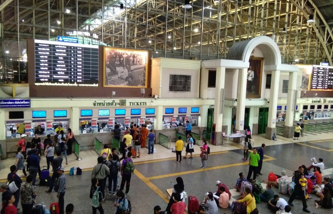 รถไฟ พ่วงตู้โดยสารเพิ่ม 242 ขบวน รับประชาชนหยุดยาว