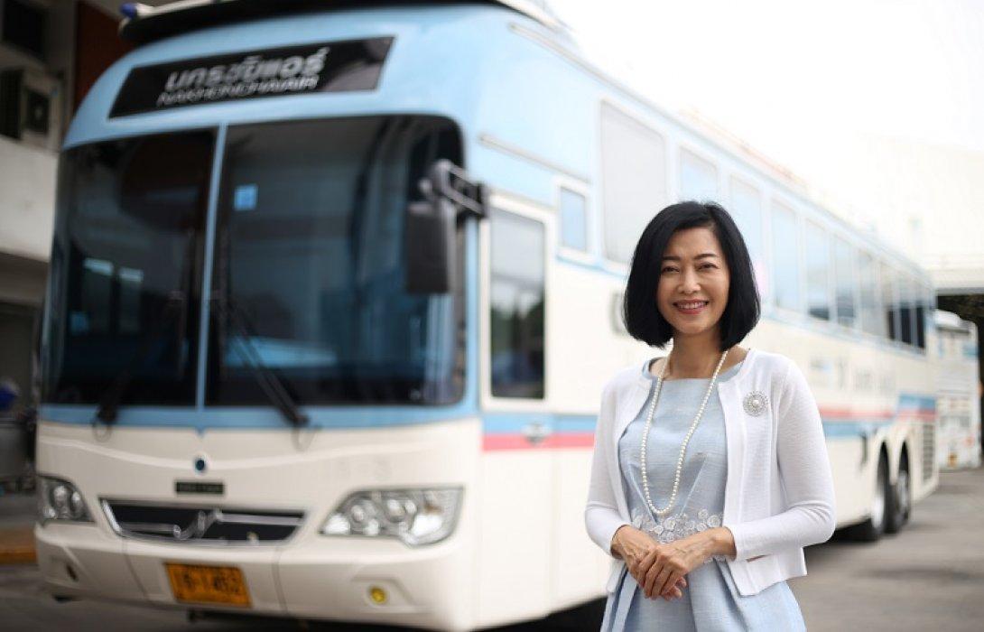 นครชัยแอร์ ใจดี! ช่วยกระตุ้นเศรษฐกิจท้องถิ่น ชวนขายสินค้า OTOP สถานีเดินรถ