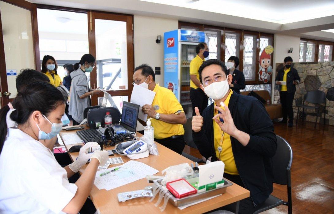 กฟผ. ระดมพนักงานร่วมบริจาคโลหิตครั้งใหญ่ให้กับสภากาชาดไทย เพื่อช่วยบรรเทาวิกฤตโลหิตสำรองขาดช่วงโควิด